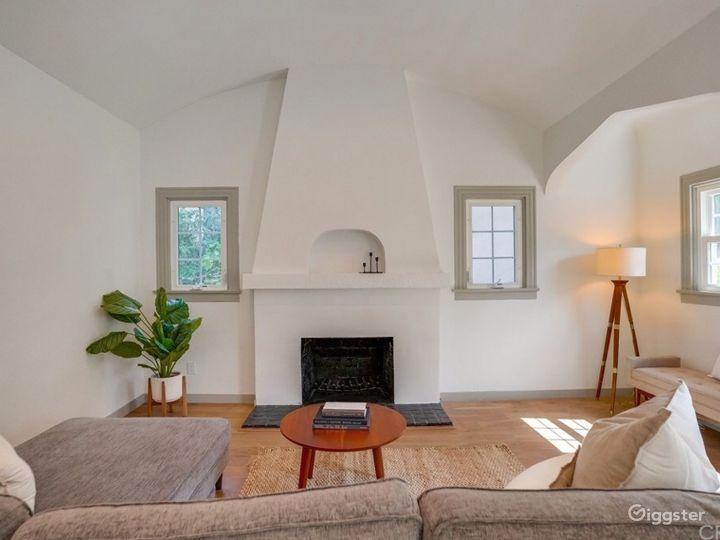 Charming English Tudor Family Home - Anywhere, USA Photo 3