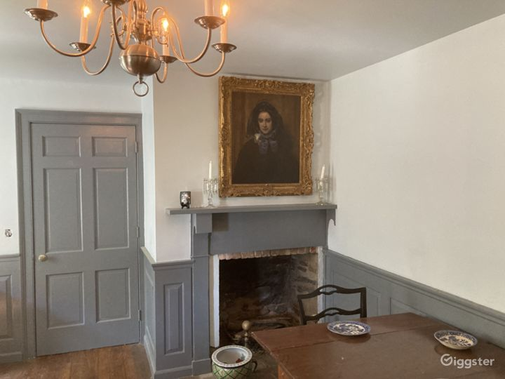 Parlor 1720 section