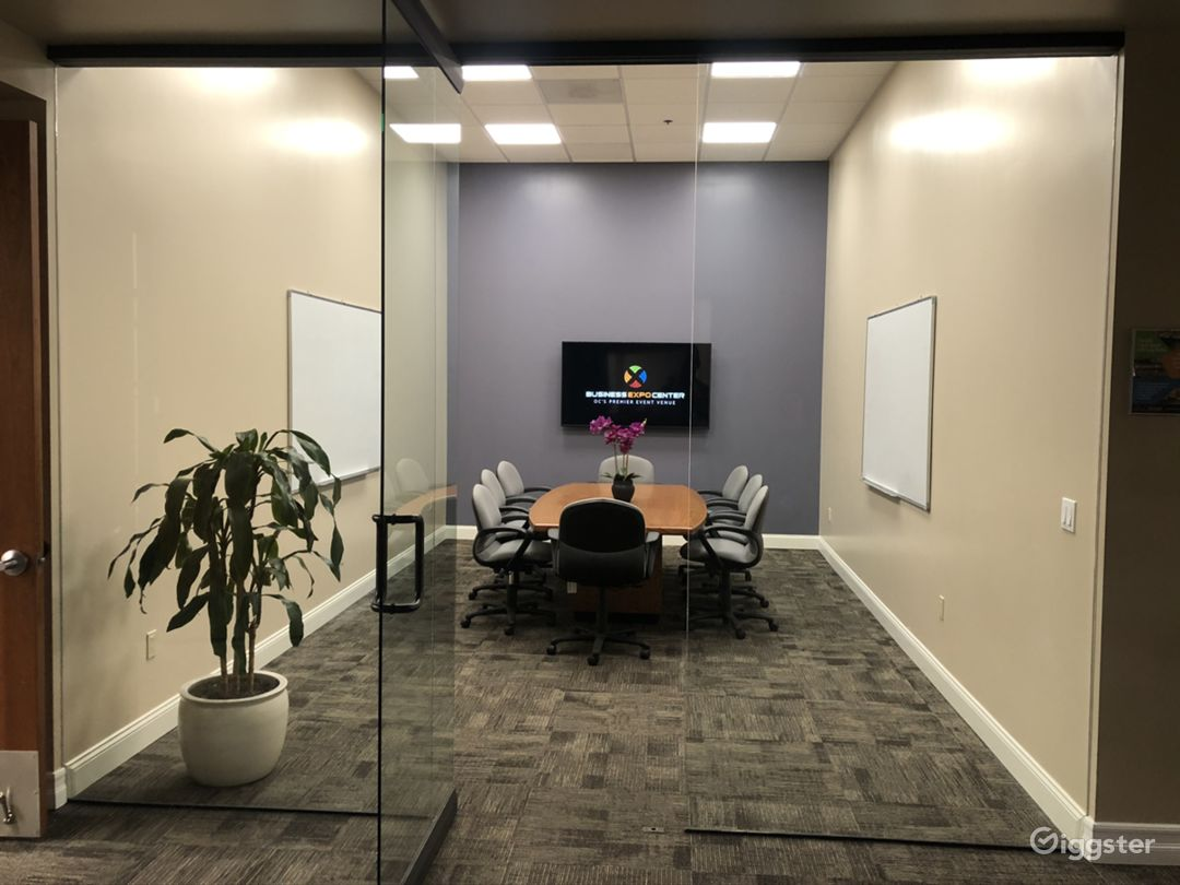 Business Expo Center - Universal Conference Room Photo 1