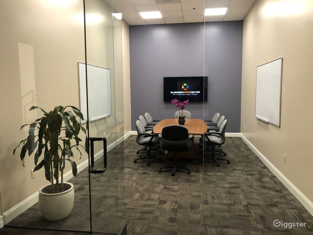 Business Expo Center - Universal Conference Room Photo 5
