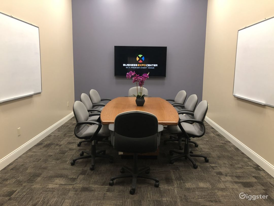 Business Expo Center - Universal Conference Room Photo 2