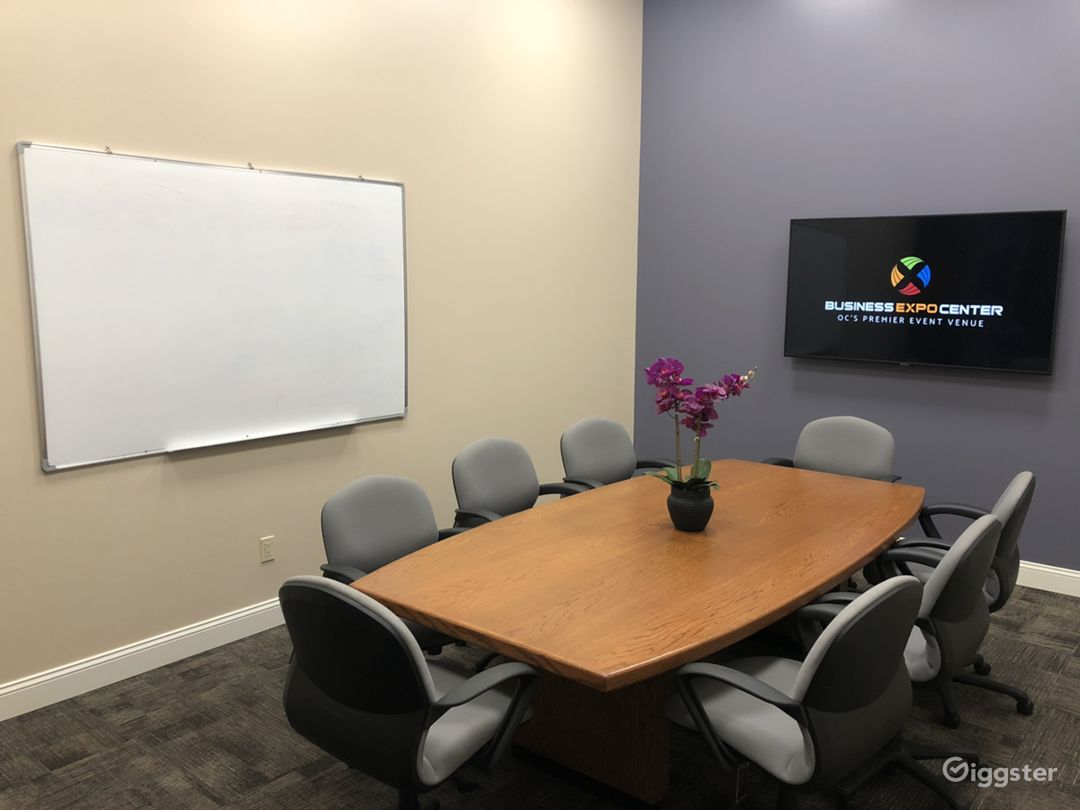 Business Expo Center - Universal Conference Room Photo 3