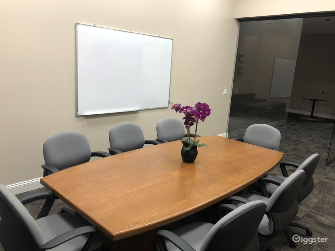 Business Expo Center - Universal Conference Room Photo 4