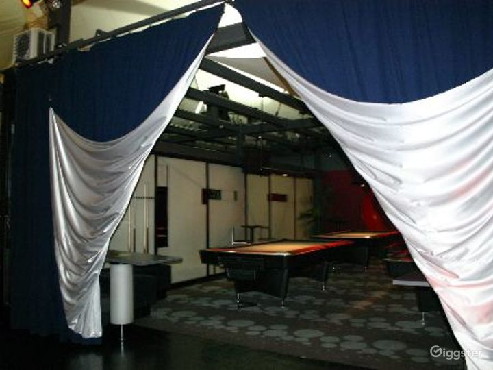 Club, restaurant, bar and event space: Location 3296 Photo 3