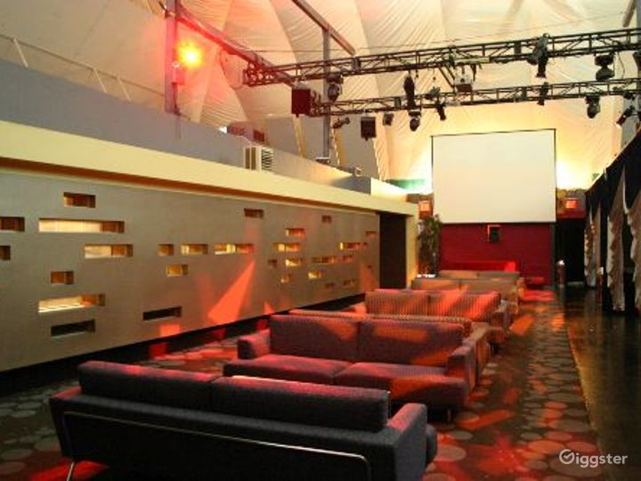 Club, restaurant, bar and event space: Location 3296 Photo 2