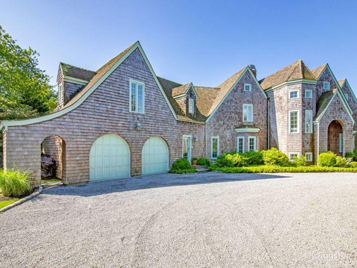 Spacious, light, airy Hamptons home: Location 5276 Photo 3