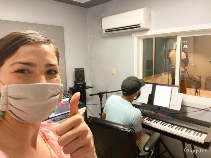 Studio to Record Your Next Single, Next Voiceover or Next Audio Reel Photo 3