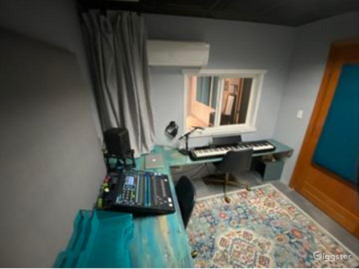 Studio to Record Your Next Single, Next Voiceover or Next Audio Reel Photo 4