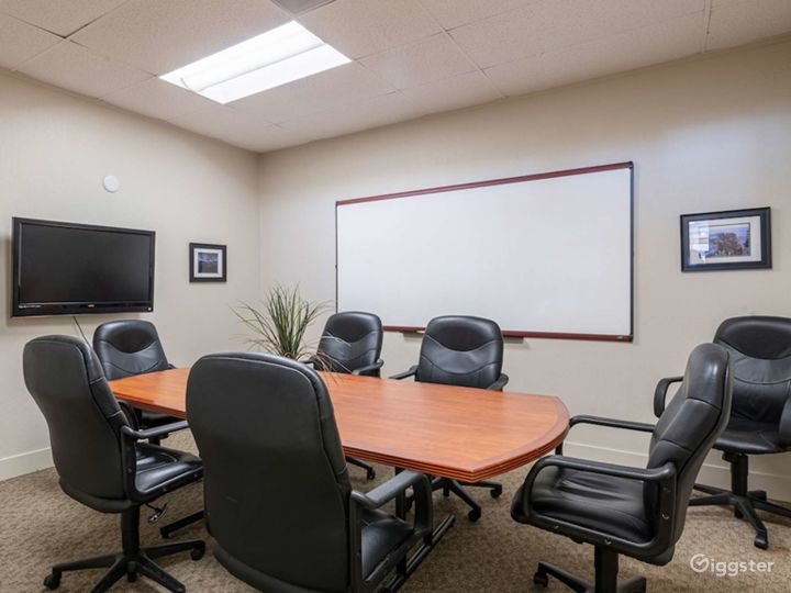 Conference Room in Felton Photo 4
