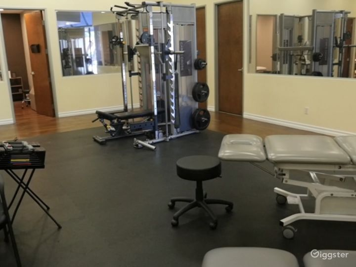 Sports Medicine/Physical Therapy/Modern/Spa Style/ Medical/ Gym Photo 3