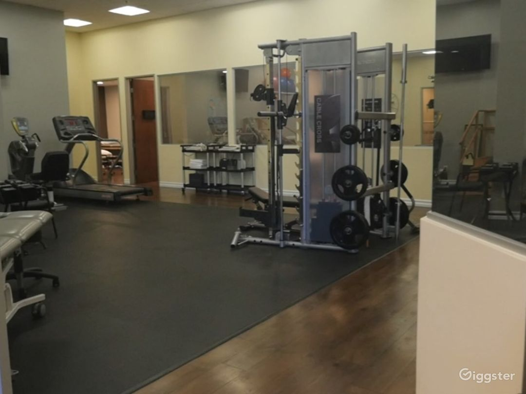 Sports Medicine/Physical Therapy/Modern/Spa Style/ Medical/ Gym Photo 2