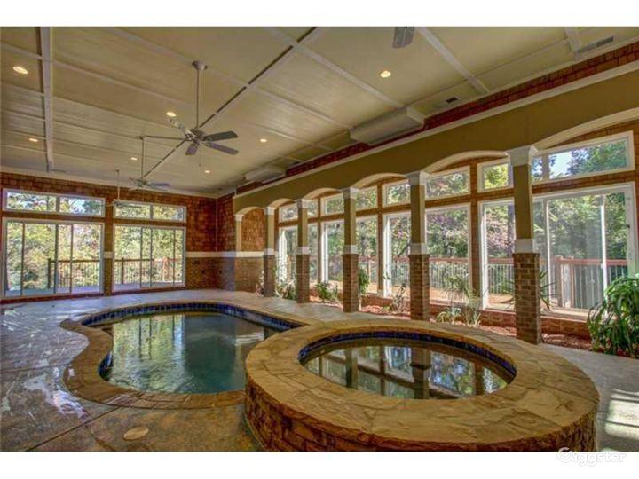 Filmmaker's Delight - indoor pool & lake view Photo 3