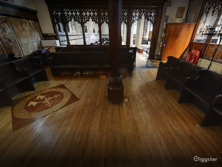 Church Venue for Intimate Gatherings in London Photo 2