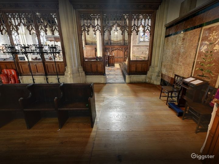 Church Venue for Intimate Gatherings in London Photo 3