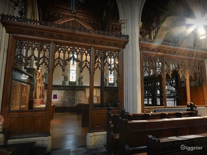 Church Venue for Intimate Gatherings in London Photo 4