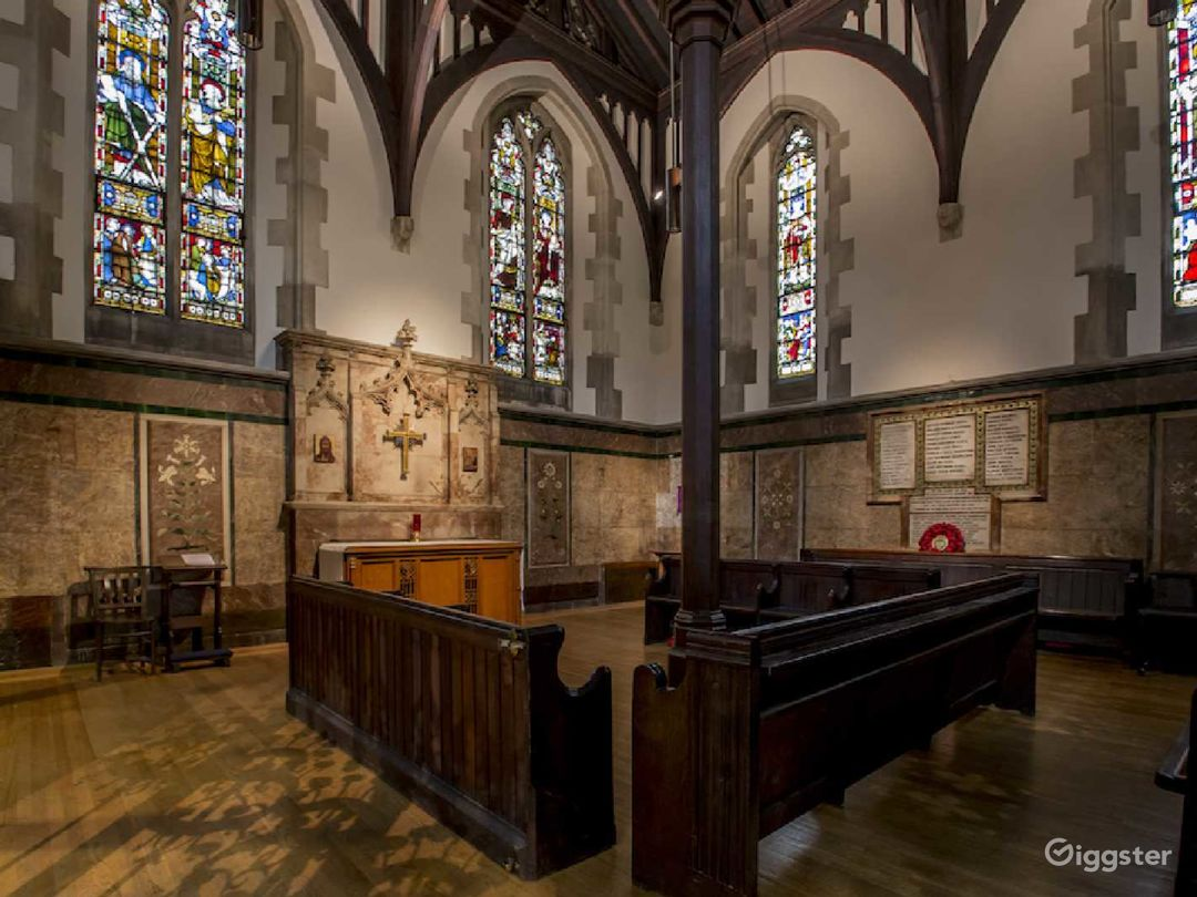Church Venue for Intimate Gatherings in London Photo 1