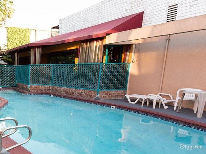 Swimming Pool in LA Photo 3