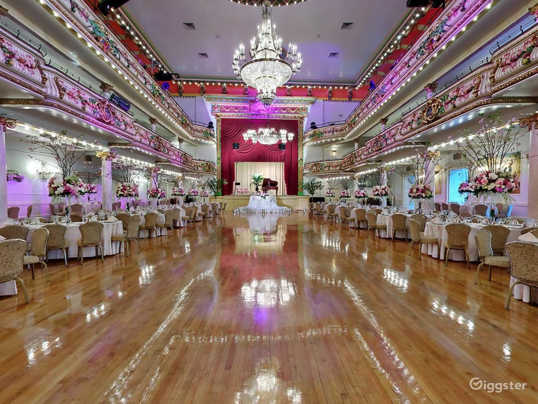 Ornate event space: Location 201 Photo 1