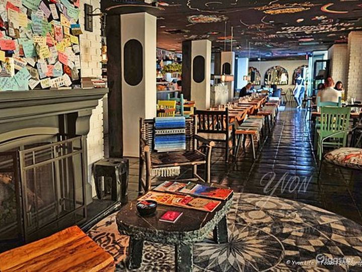 Unique and Eclectic Hollywood Restaurant Photo 4