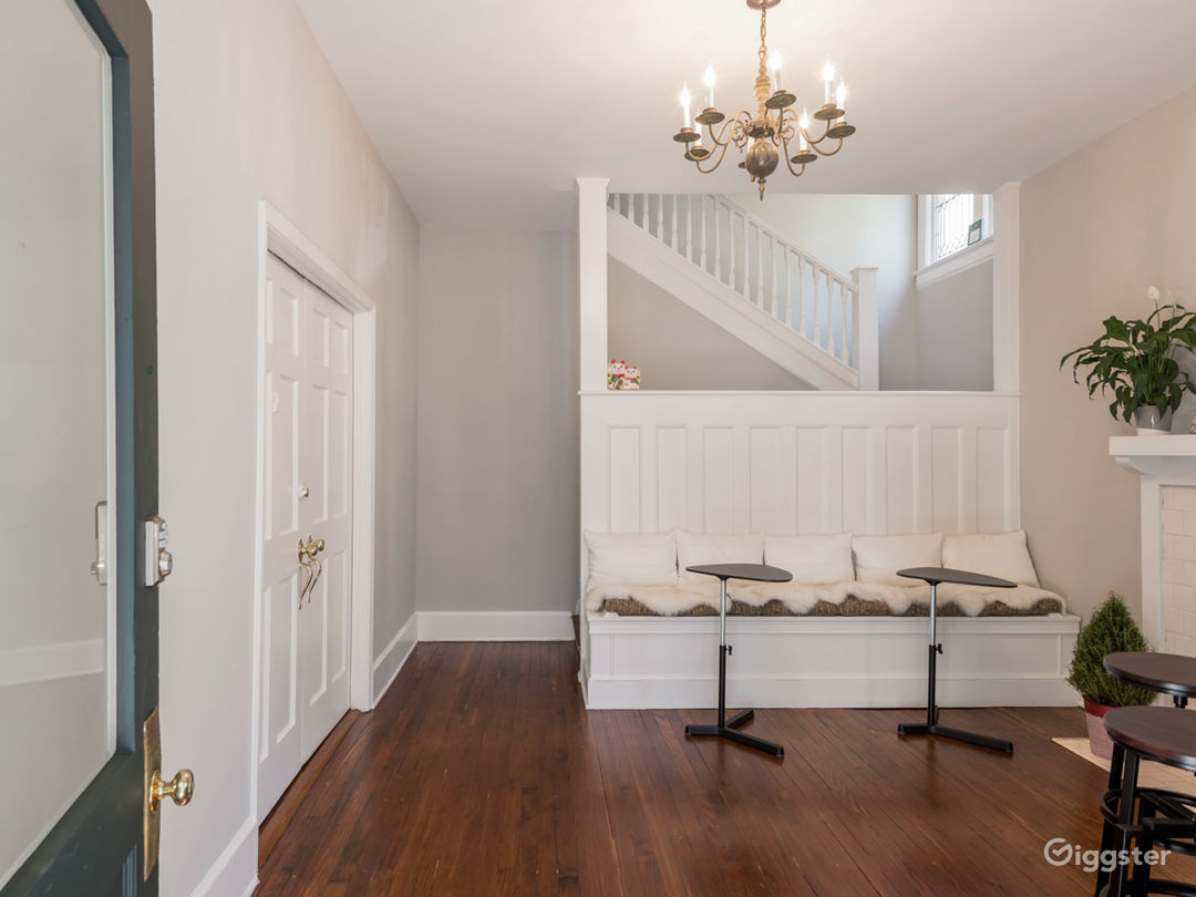 Midtown Historic home with charming space Photo 1