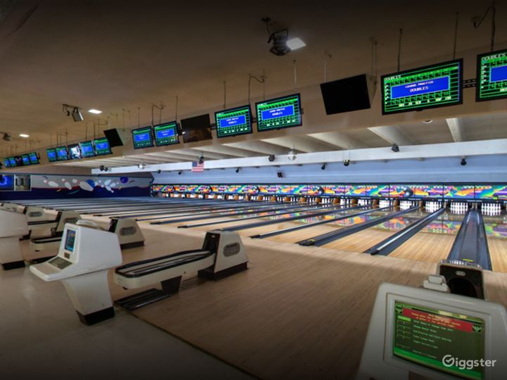 Colorful and Vibrant Bowling Alley (Full Buyout) Photo 2