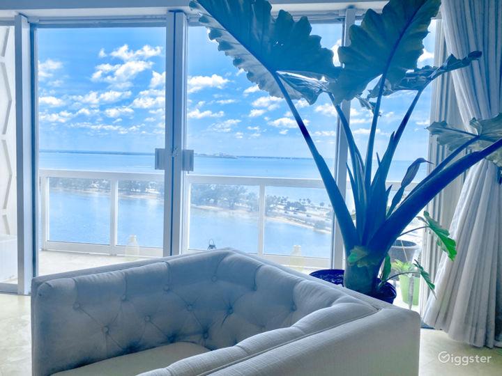 Luxury High-Rise Apt. w/ Infinite Bay Views  Photo 4