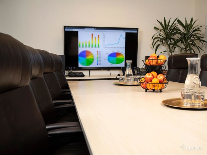 Conference Room in Santa Cruz Photo 2