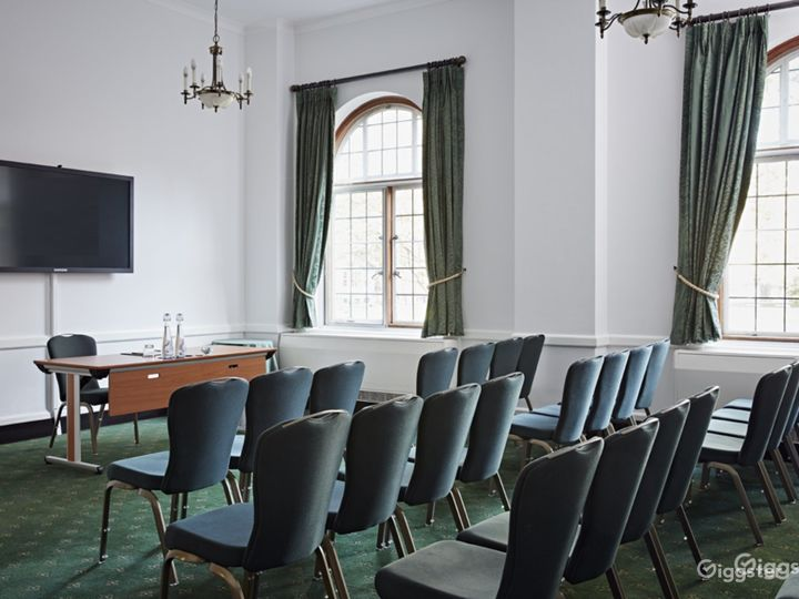Westminster Room in London  Photo 2