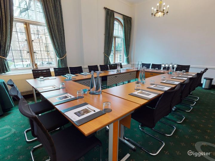 Westminster Room in London  Photo 5