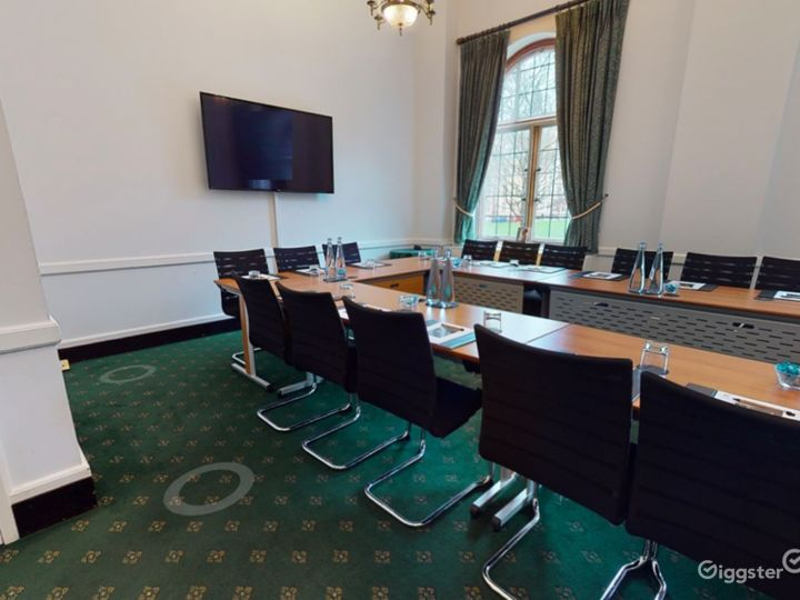 Westminster Room in London  Photo 3