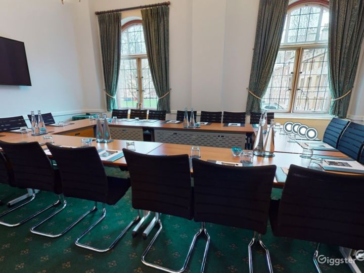 Westminster Room in London  Photo 4