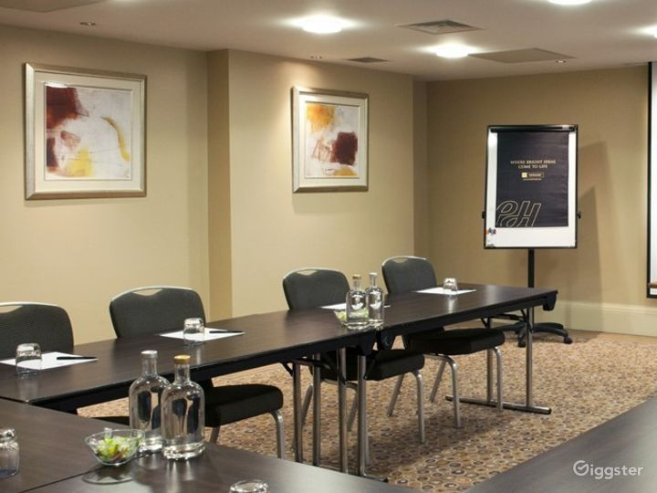 Awesome Boardroom in Leeds Photo 2