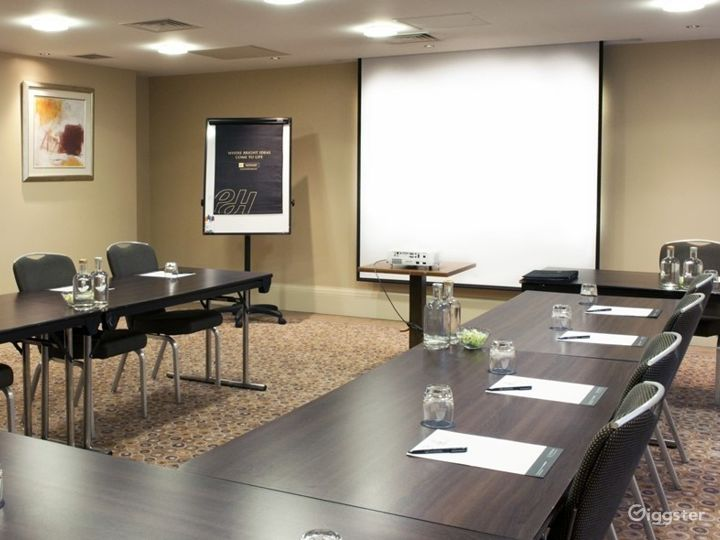 Awesome Boardroom in Leeds Photo 3
