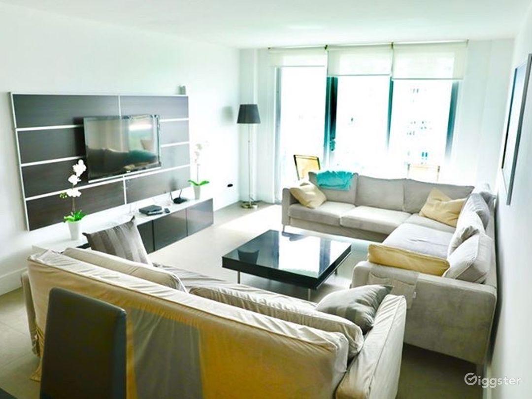 Miami Beach | Highrise Condo Resort | Full Kitchen Photo 1