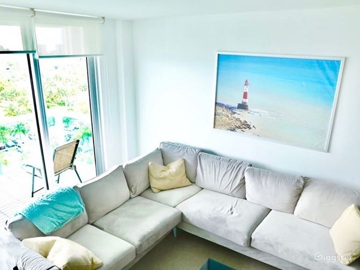 Miami Beach | Highrise Condo Resort | Full Kitchen Photo 2