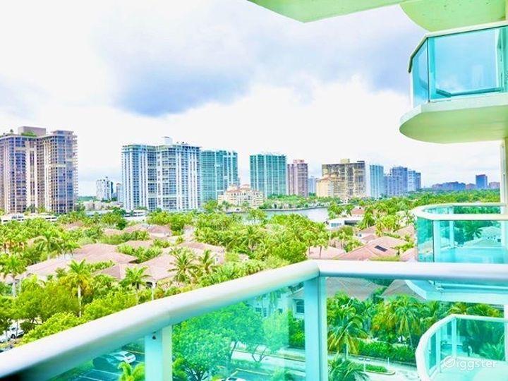 Miami Beach | Highrise Condo Resort | Full Kitchen Photo 4