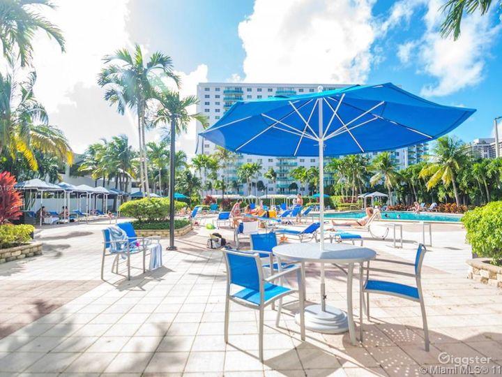 Miami Beach | Highrise Condo Resort | Full Kitchen Photo 5