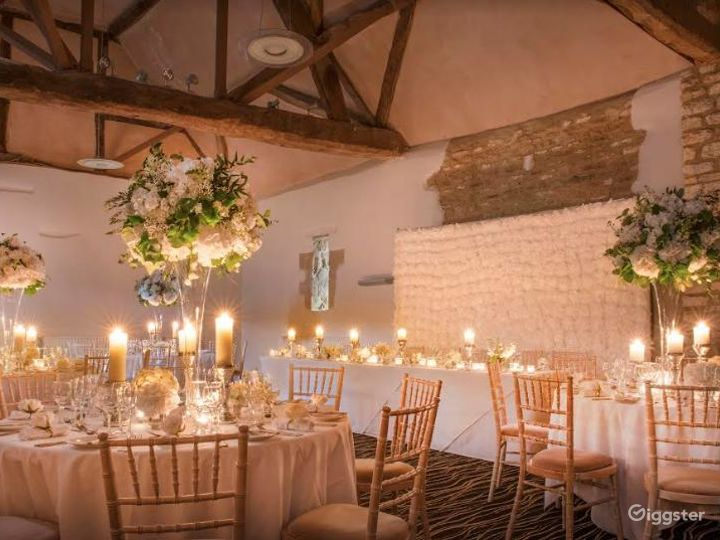 15th-century Little Barn with Small Private Room in Oxford Photo 3