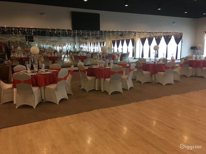 Extravagant Grand Ballroom in Houston Photo 4