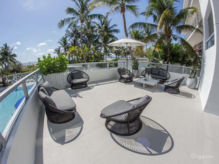 Ocean Lanai Suite Terrace in Miami Beach Photo 4