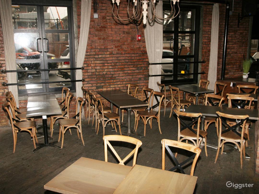 Bar/ restaurant Photo 1