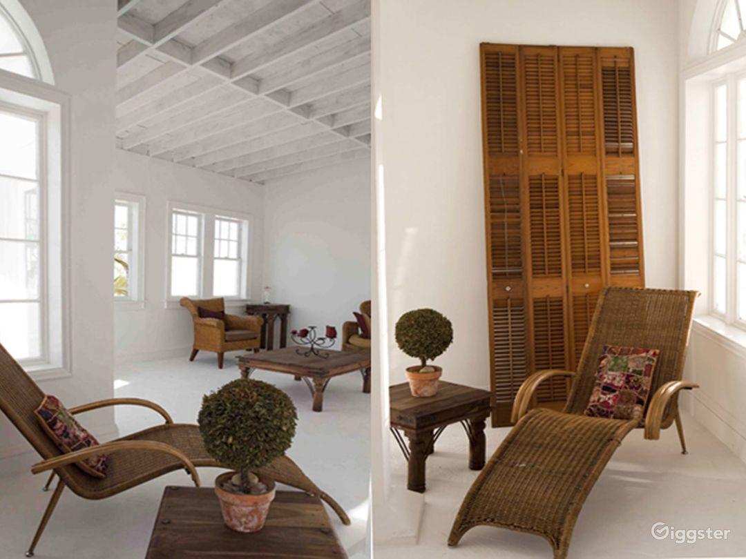 Bright and Airy Terrace Studio in Miami Photo 1