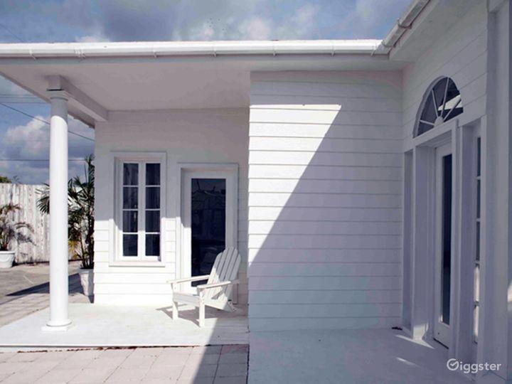 Bright and Airy Terrace Studio in Miami Photo 4