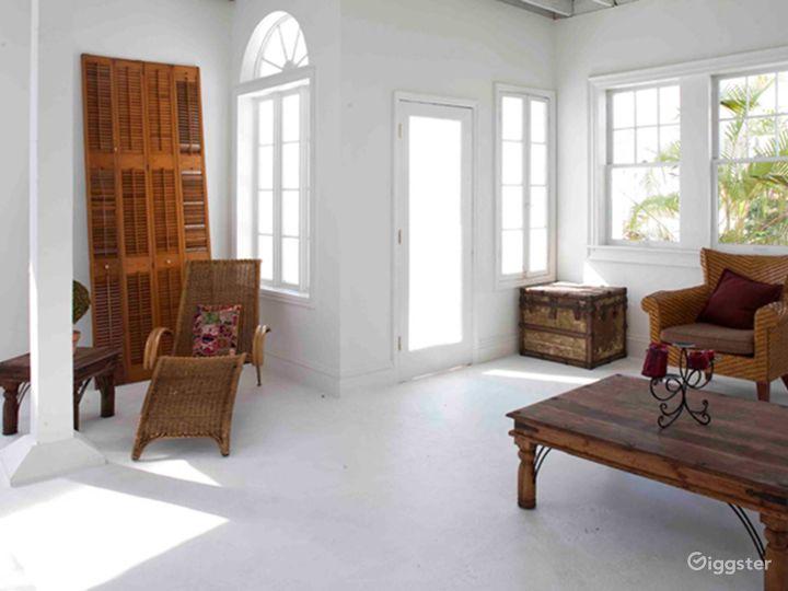 Bright and Airy Terrace Studio in Miami Photo 5