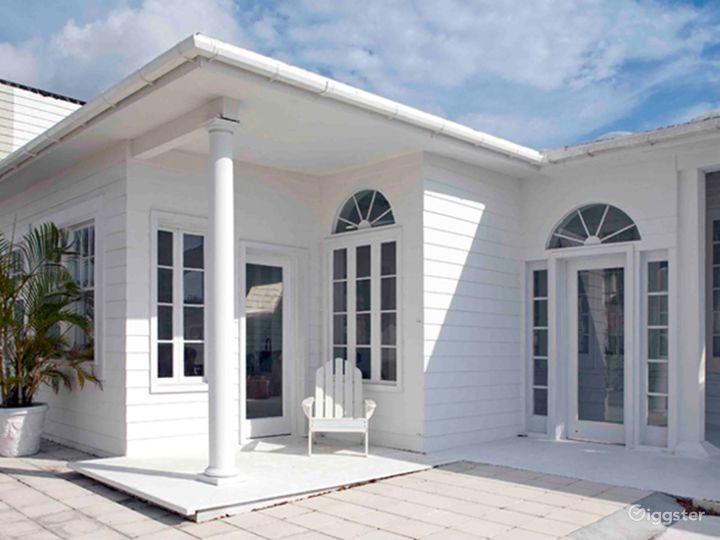 Bright and Airy Terrace Studio in Miami Photo 3