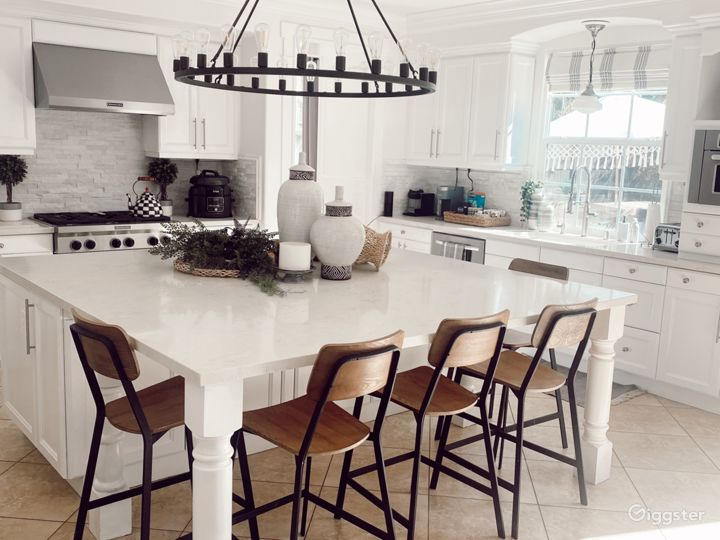 Large Kitchen with Huge Island