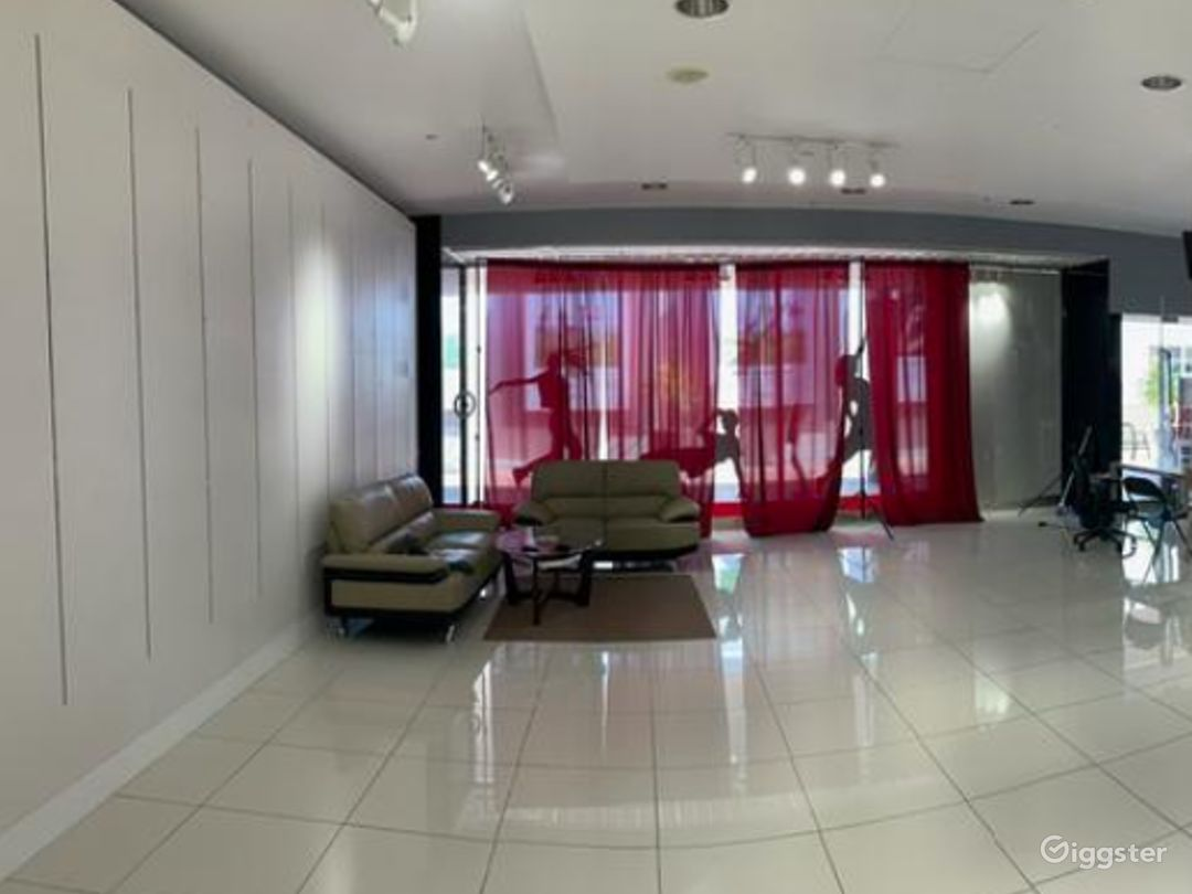 Unparalleled Premiere Hip-Hop and Performing Arts studio in San Diego  Photo 1