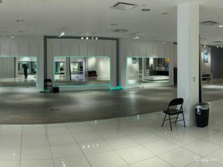 Unparalleled Premiere Hip-Hop and Performing Arts studio in San Diego  Photo 3