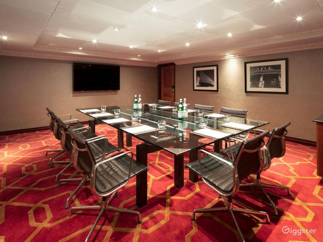 Amazing Private Room 19 in London, Heathrow Photo 1