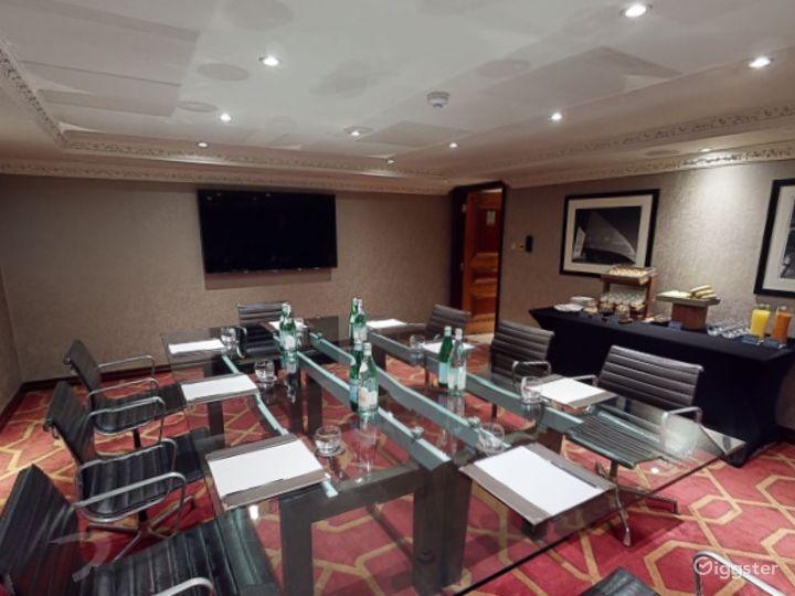 Amazing Private Room 19 in London, Heathrow Photo 4